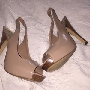 Nude patent leather sling back heals